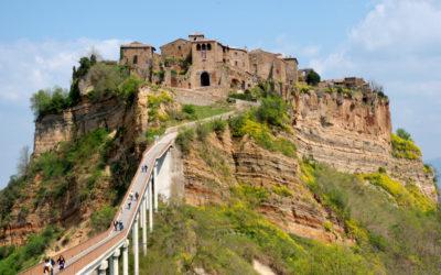 Itinerari: passeggiata al lago di Bolsena e visita di Civita di Bagnoregio, la città che muore