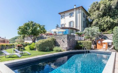 Re-start with big news: you can rent the entire villa with the swimming pool
