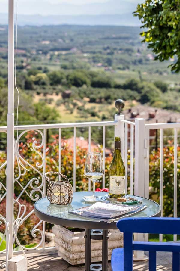 Giardino e piscina casina degli specchi - Offerte specchi ...